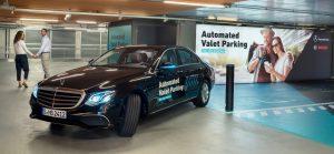 Sistema de auto estacionamiento de Mercedes y Bosch