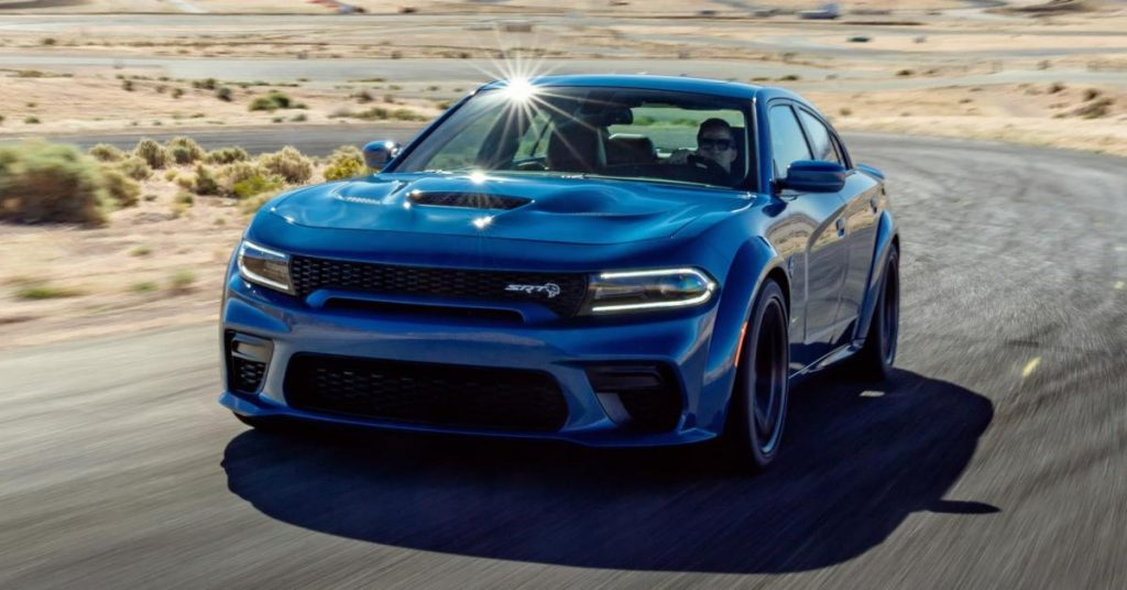 Dodge Charger SRT Hellcat azul