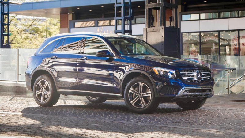 Mercedes-Benz GLC350e 2020