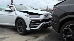 Lamborghini robados en Boston chocados en la persecución